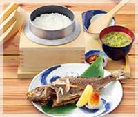 鮪カマ高知県産いさきの塩焼き定食