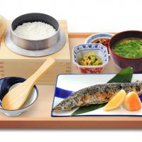 秋刀魚のわら焼き定食
